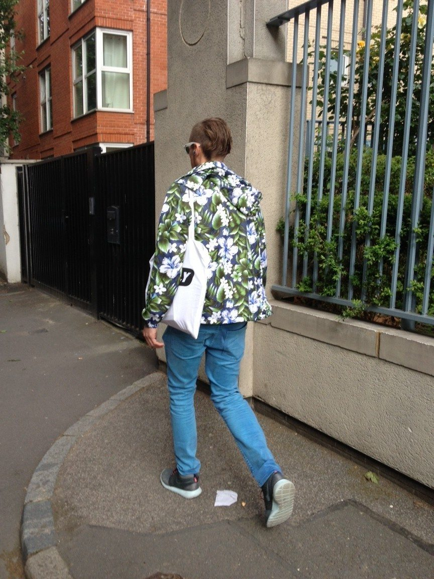Street-Style-Hawaiian-Print-Hooded-Jacket-Engineered-Floral-Print-1