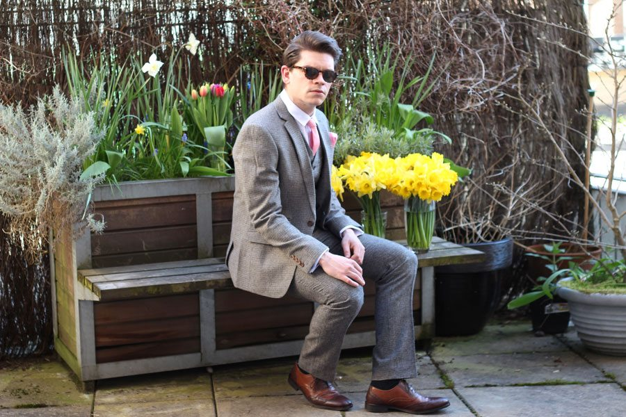 Wedding-Formal-Wear-Robin-James-The-Utter-Gutter-Brown-Dogstooth-Slim-Fit-Suit-Wayfarer-Sunglasses-Tort-Pink-Tie-Brogues