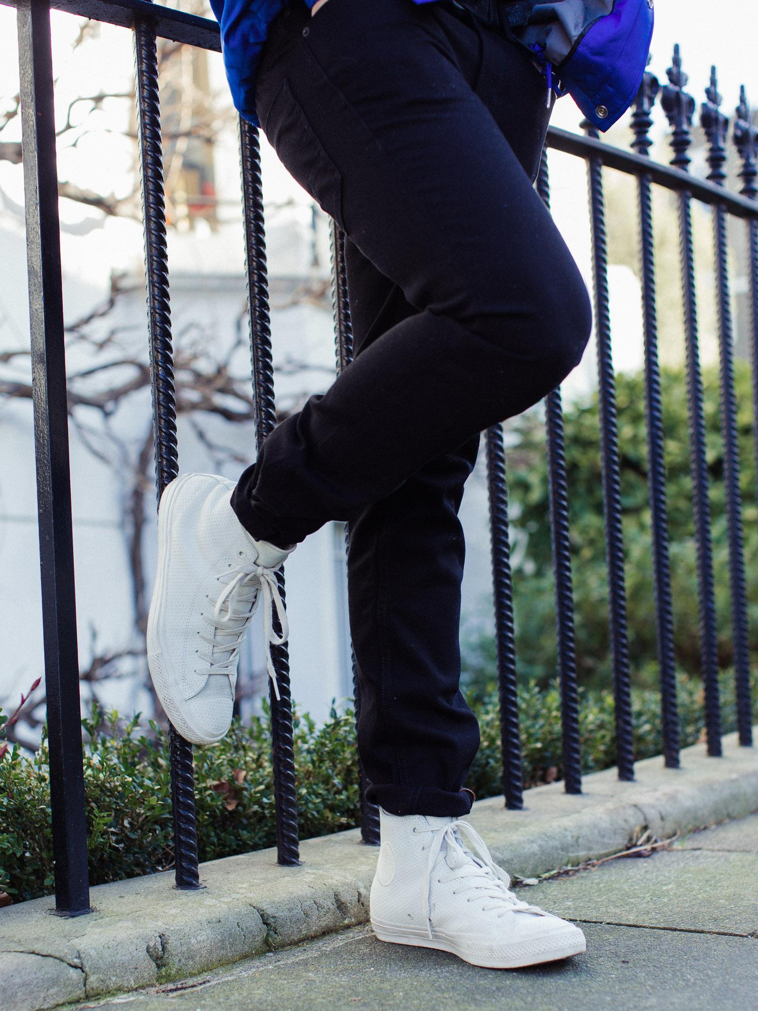 hugo-boss-orange-jeans-converse-6