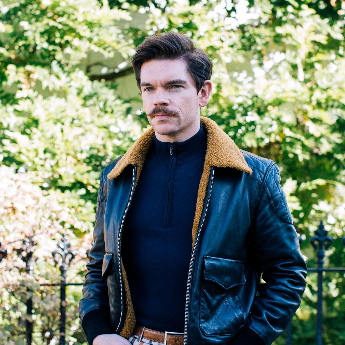 mens-leather-jacket-man-for-himself
