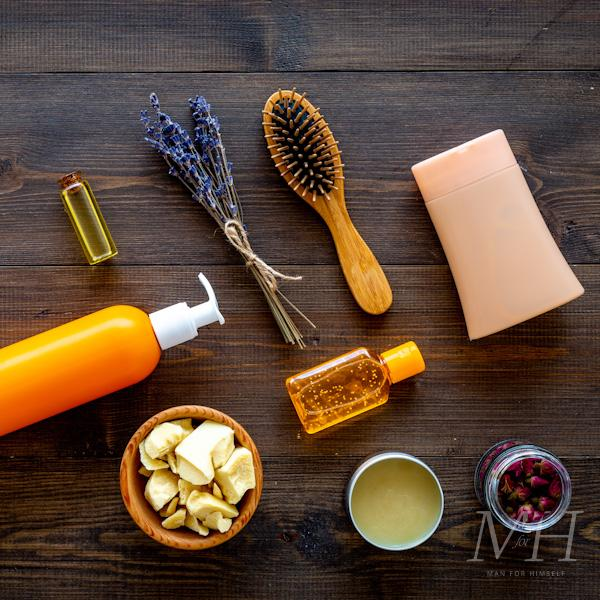 how-to-get-rid-of-dandruff-treatment-man-for-himself