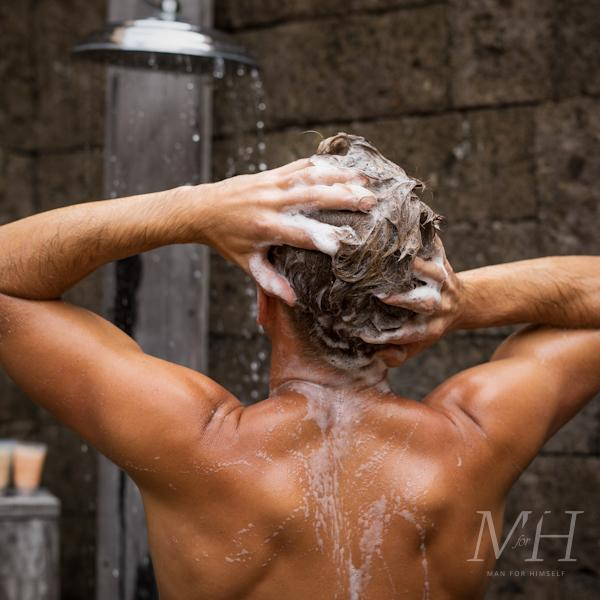 how-to-get-rid-of-dandruff-shampoo-man-for-himself