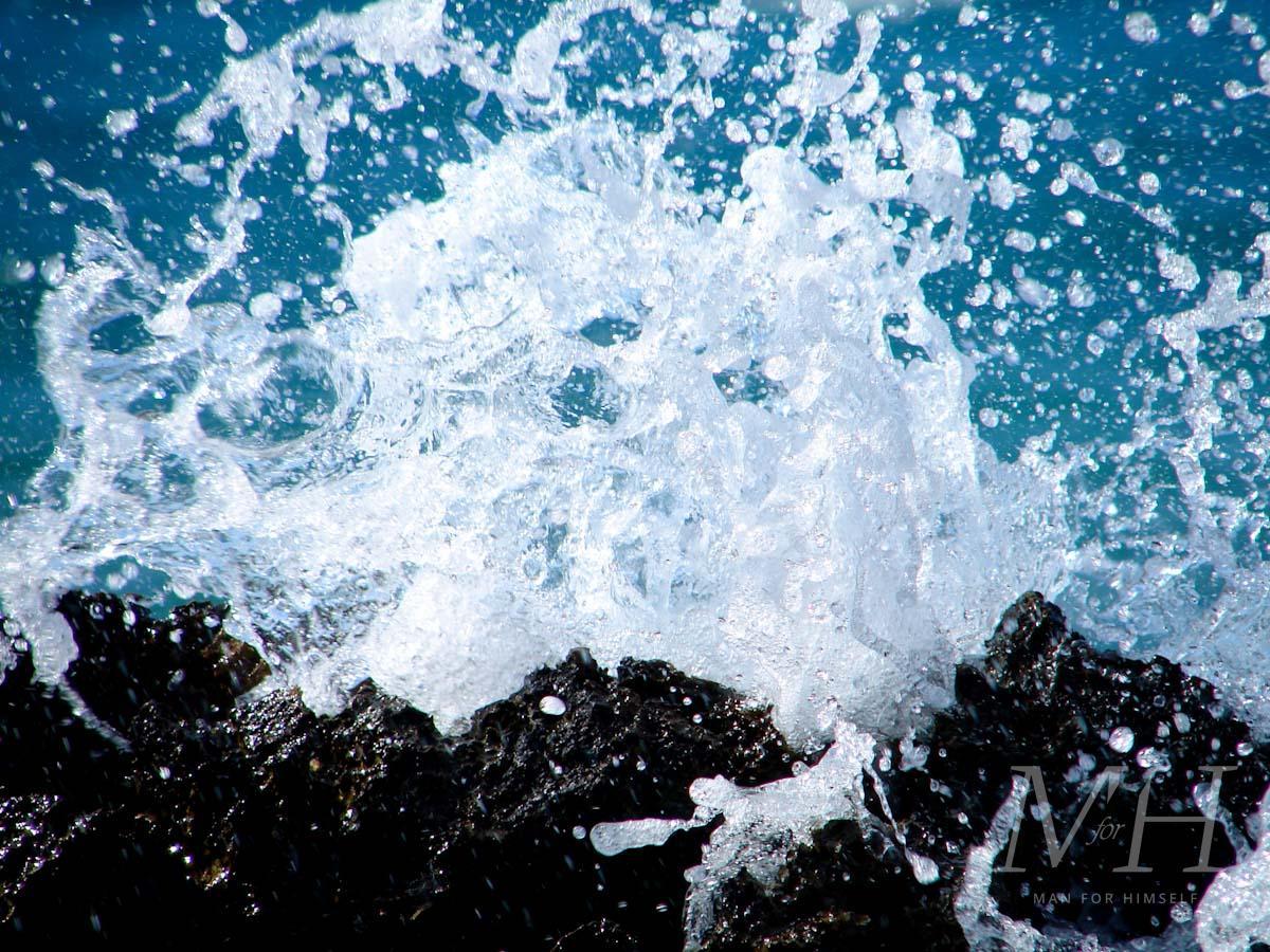 sea-salt-spray-water-man-for-himself