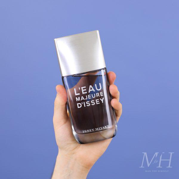 l'eau-majeure-d'issey-fragrance-product-man-for-himself
