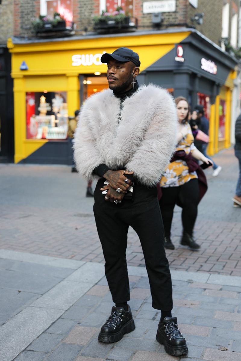street-styled-davi-london-winter-2019-man-for-himself
