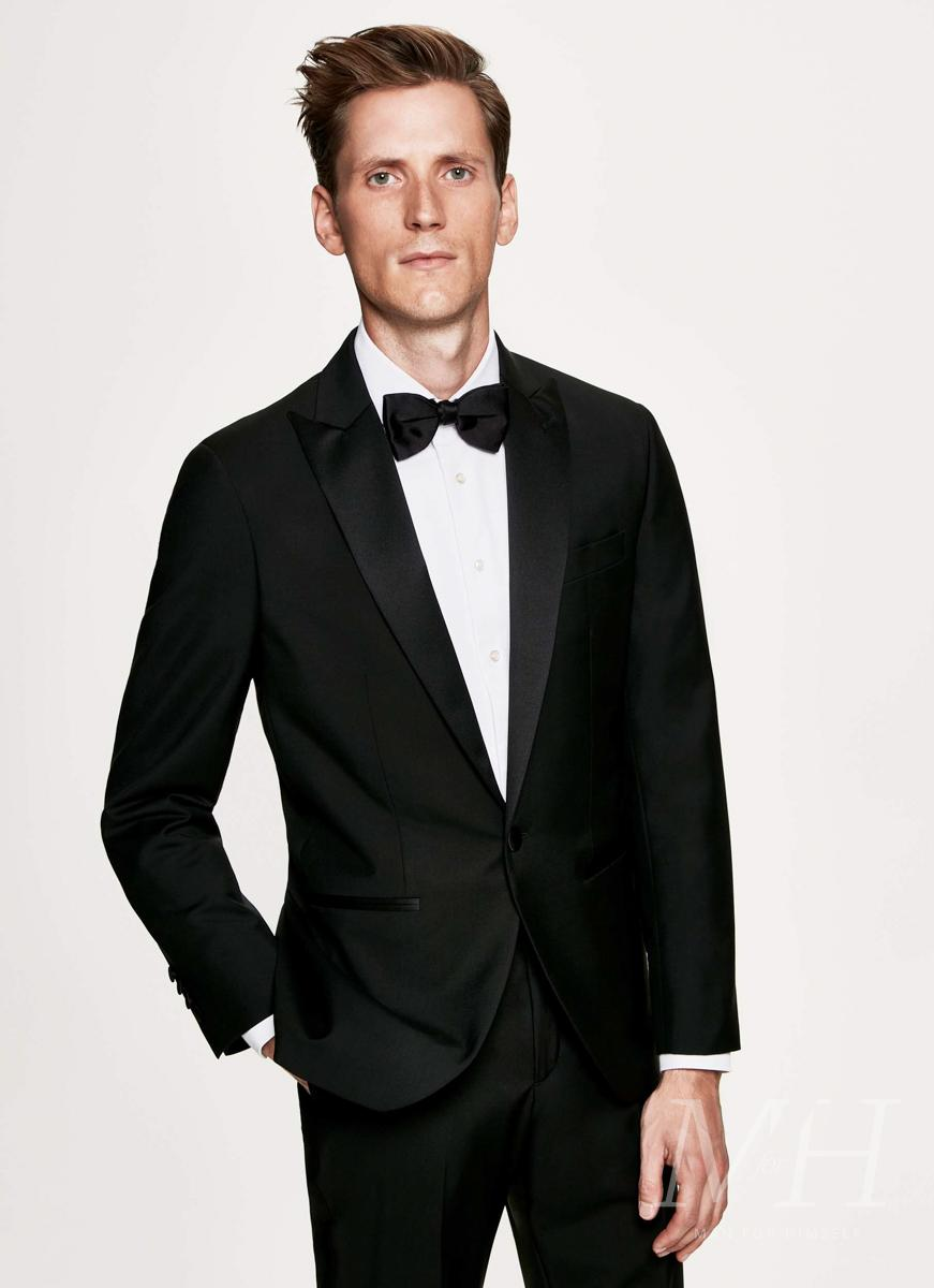 hackett-suit-formal-event-man-for-himself
