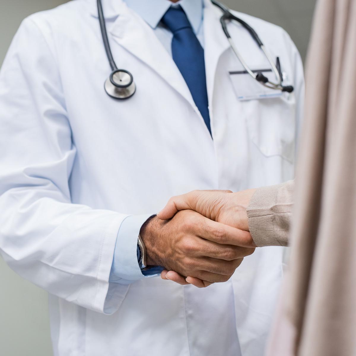 doctor-patient-hair-loss-mens-hair-grooming-man-for-himself