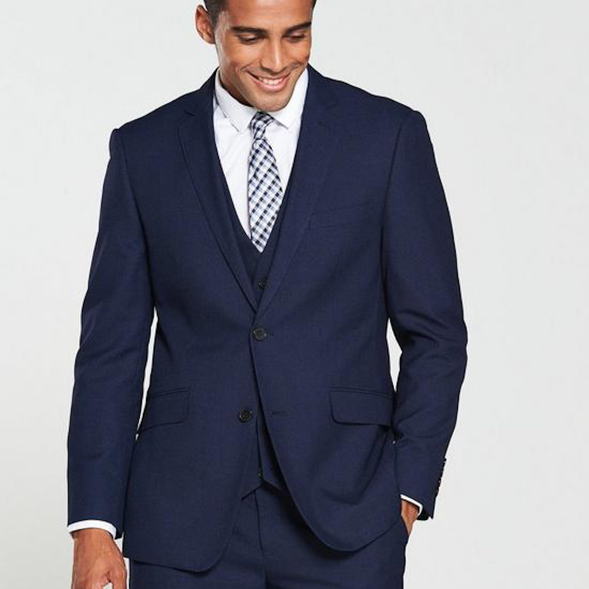summer-staples-2020-very-formal-suit-man-for-himself