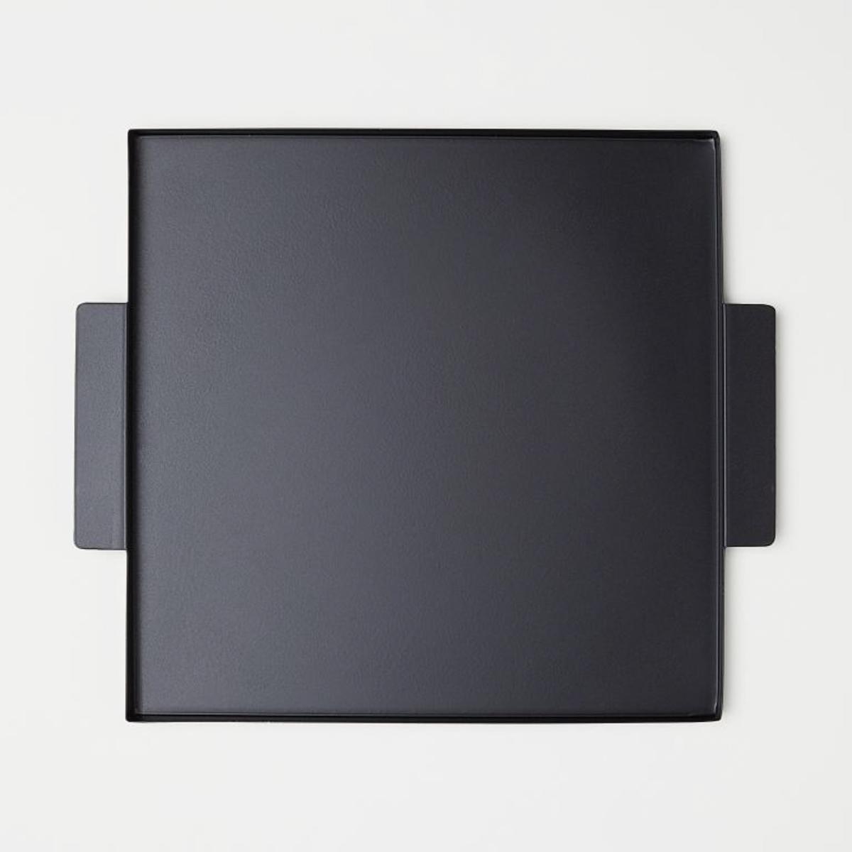 hm-black-metal-tray-storage-lifestyle-man-for-himself