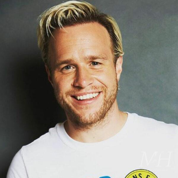 Olly Murs: Slicked Back Platinum Blonde Hairstyle