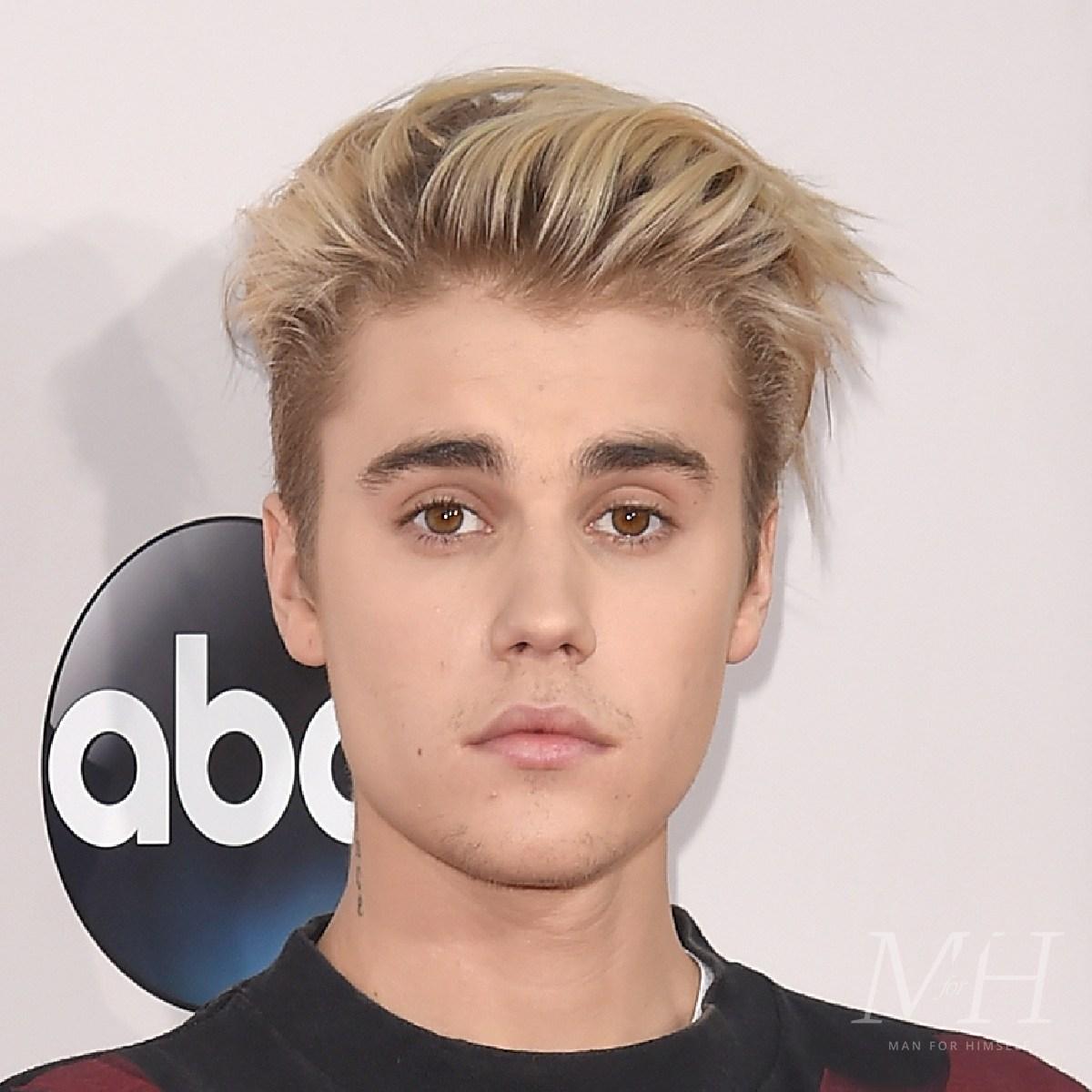 justin-bieber-bleach-blonde-quiff